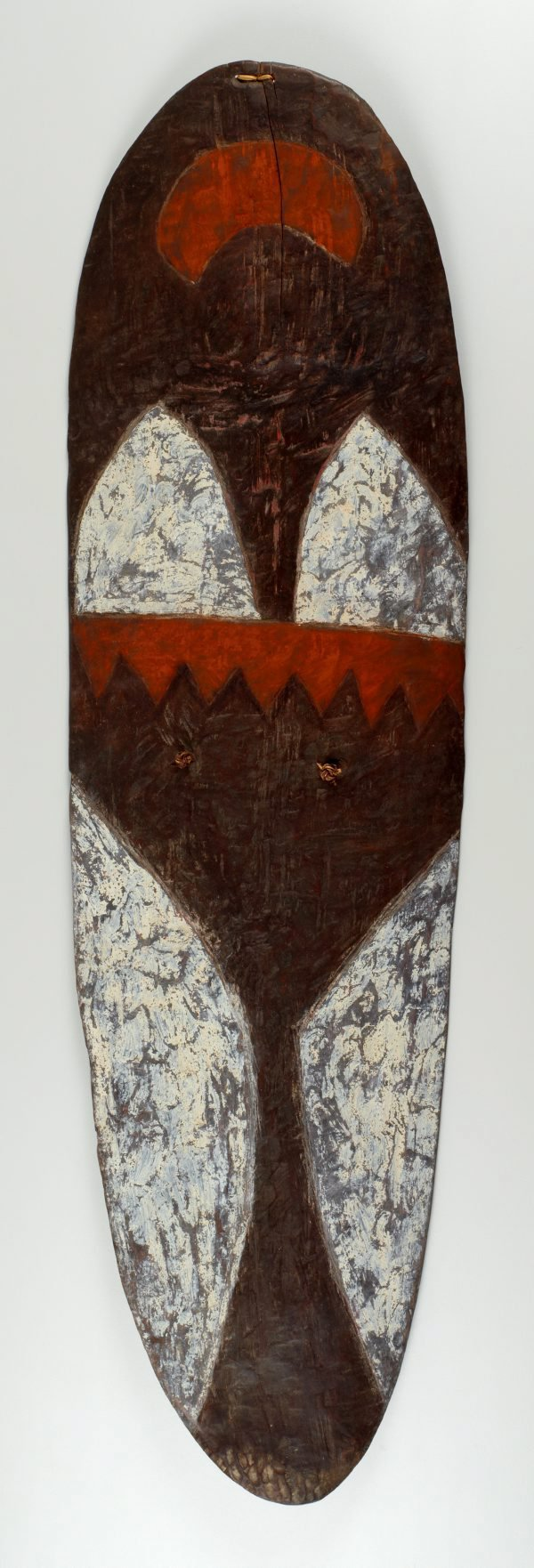 An image of Wörrumbi (shoulder shield)