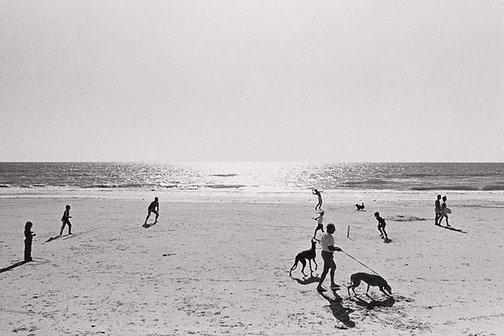 An image of Beach cricket, Somerton, South Australia by Robert McFarlane