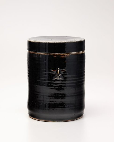 An image of Temmoku jar by Francis Upritchard