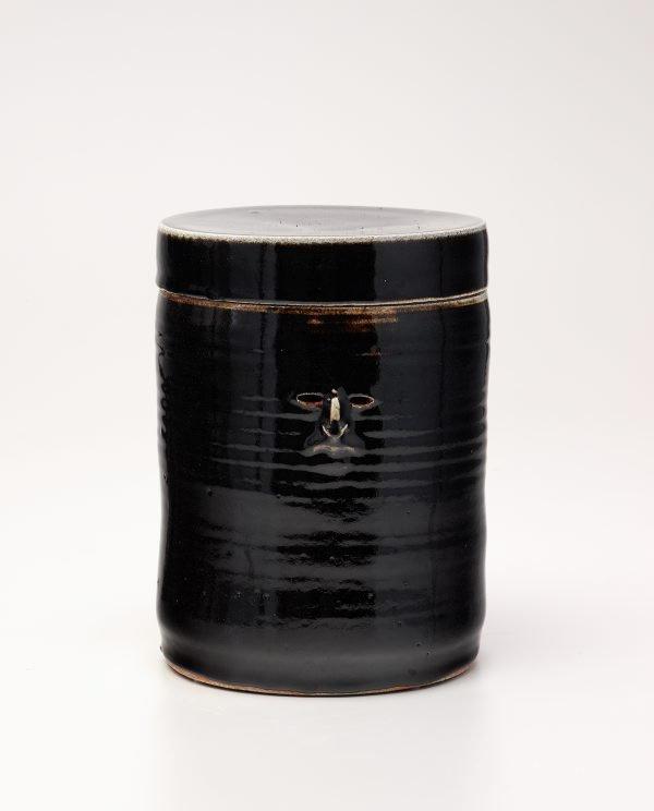 An image of Temmoku jar