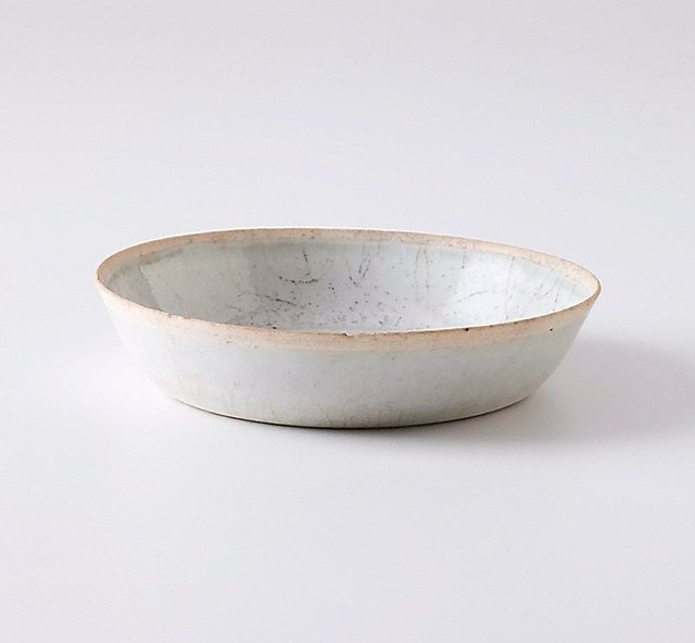 An image of Shallow bowl