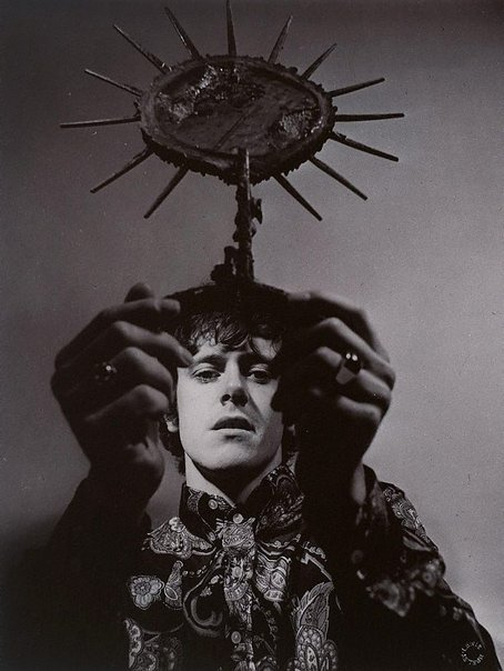 An image of Donovan by Lewis Morley