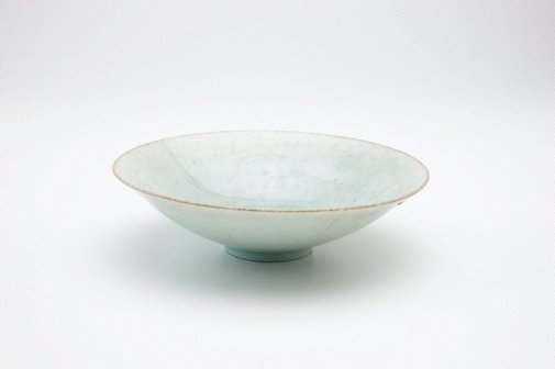 An image of Shallow bowl by Jingdezhen ware