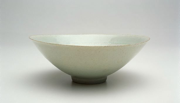 An image of Conical bowl