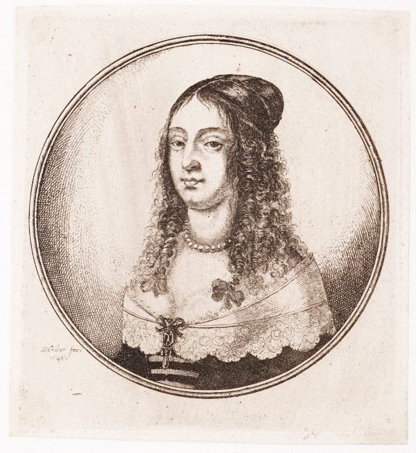 An image of (Circular portrait: young woman with a pearl necklace)