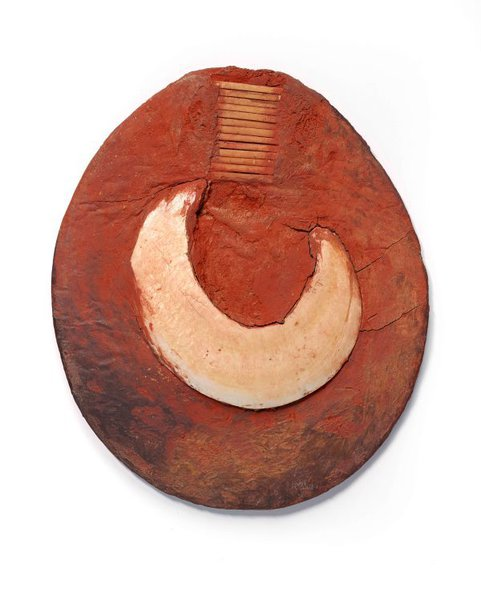 An image of Moka kin (mounted pearlshell for moka exchange) by