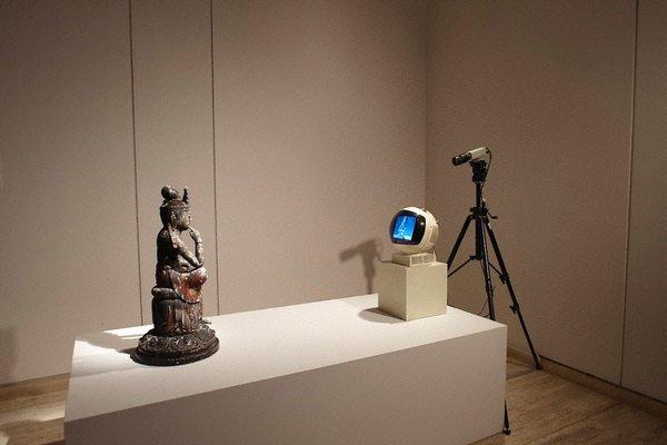 Alternate image of TV Buddha by Nam June Paik