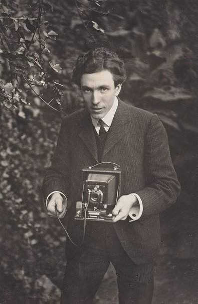 An image of Self portrait - Harold Cazneaux by Harold Cazneaux