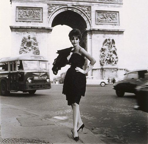 An image of Jean Newington in Nina Ricci, Paris (For Everglaze) by Henry Talbot