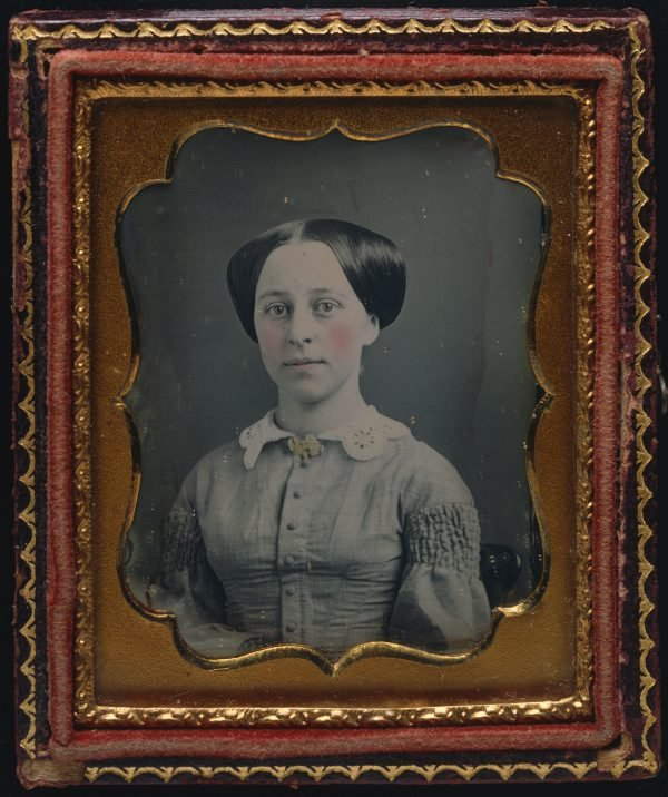 An image of Untitled (young woman without earrings in simple dress)