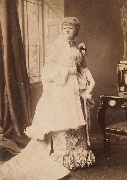 An image of Madame Helena Modjeska by Boning and Small