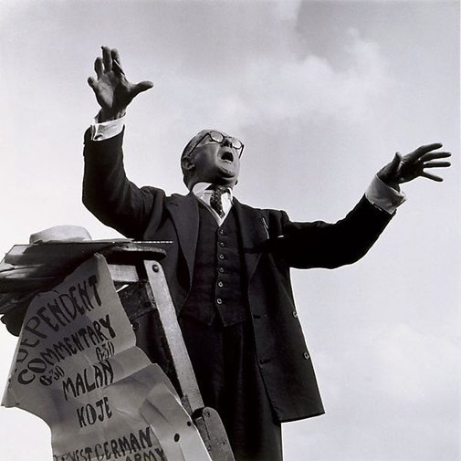 An image of Hyde Park Corner speaker, London by David Moore