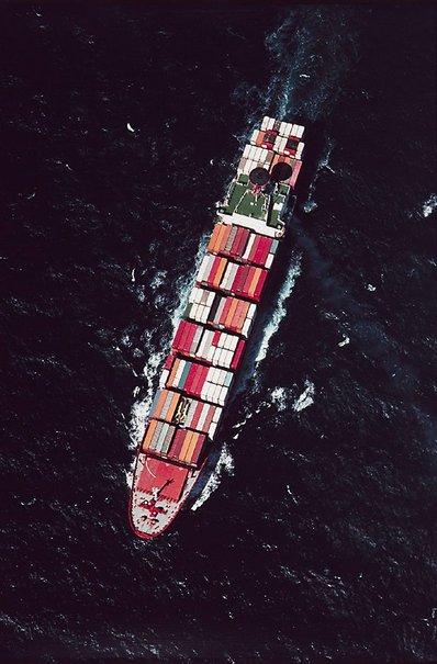 An image of Columbus Australia at sea by David Moore