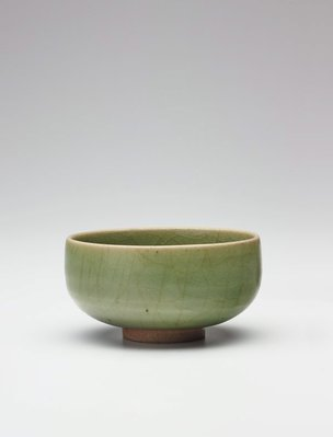 Alternate image of Summer tea bowl by Jun ware