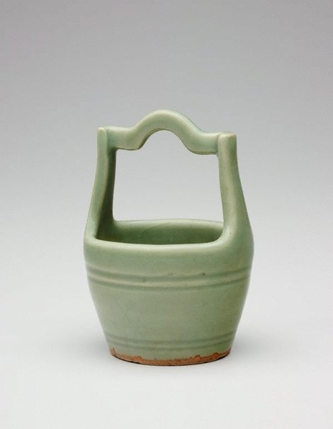 An image of Vase in the shape of a well bucket by Longquan ware