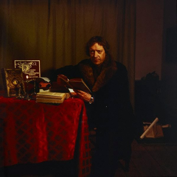 An image of The writer (Dr Michael Haerdter/director, Künstlerhaus Bethanien)