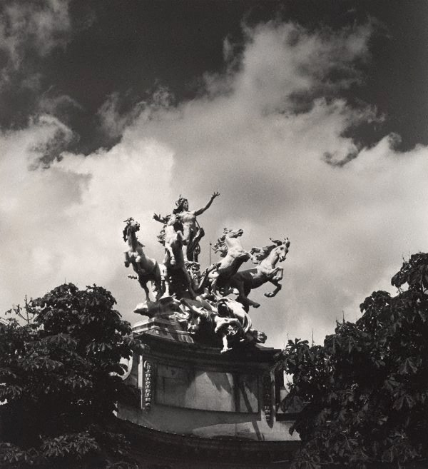 An image of Untitled (mythological sculptural group at the Grand Palais)