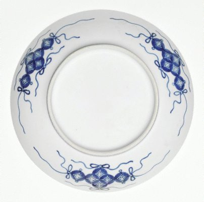Alternate image of Dish with design of willow tree by Arita ware/ Nabeshima style
