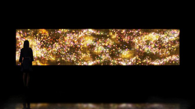 AGNSW collection teamLab Flowers and People - Gold (2015) 406.2015