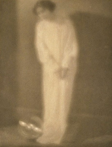 An image of Experiment 27 (lady in white with crystal ball), from Camera Work, no 27, July 1909 by Clarence H White, Alfred Stieglitz