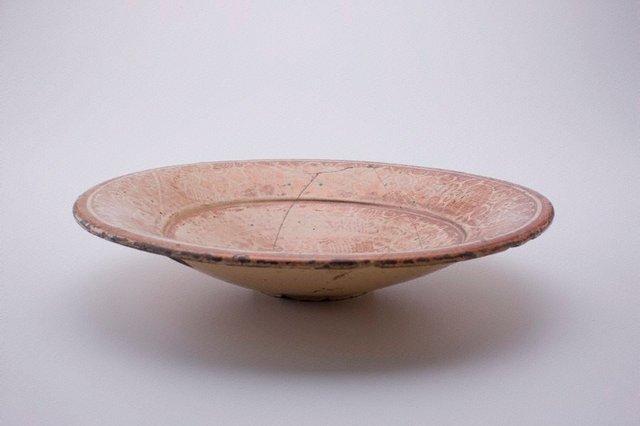 An image of Abbasid lusterware bowl