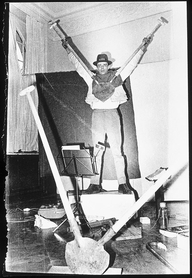 An image of Joseph Beuys in the Action 'Twenty four hours'