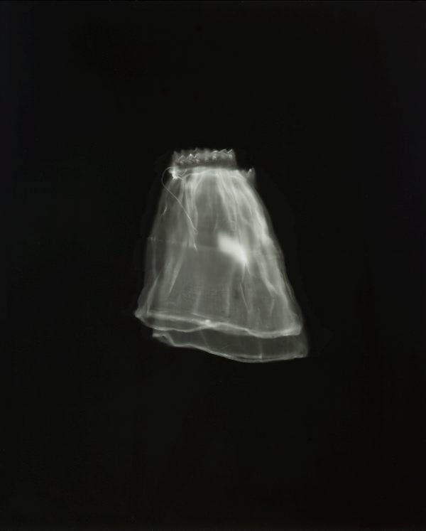 An image of untitled (child's sleeves)