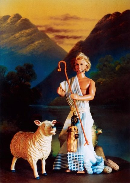 An image of Jesus the good shepherd by Elaine Campaner