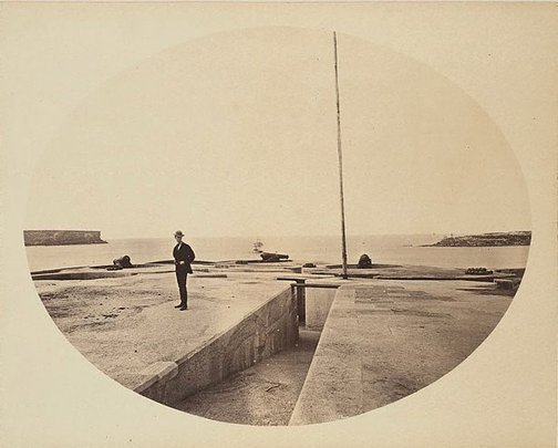 An image of Sydney heads by Unknown