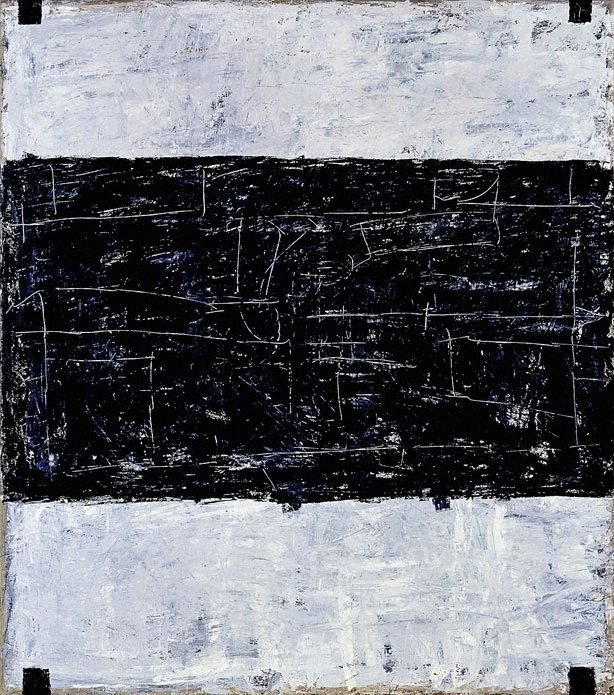 An image of Untitled (black-grey)