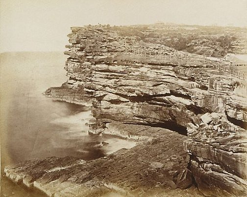 An image of Untitled (The Gap, Sydney) by Henry Beaufoy Merlin, American and Australasian Photographic Co