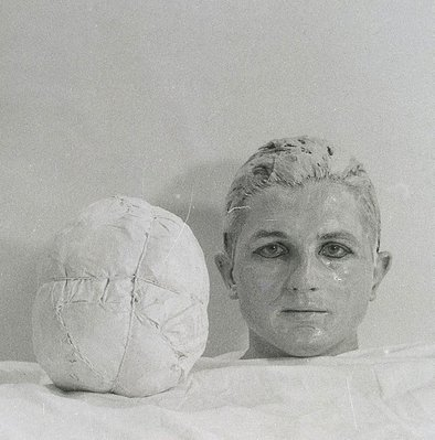 Alternate image of 4. Aktion Sommer 1965, Wohnung Cibulka, 1070 Wien, Kaiserstraße by Rudolf Schwarzkogler