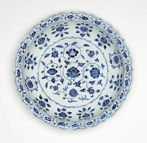An image of Dish with design of flowers of the four seasons by Jingdezhen ware