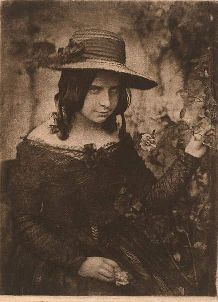 An image of Miss Mary McCandlish by David Octavius Hill, Robert Adamson