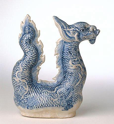 An image of Dragon ewer