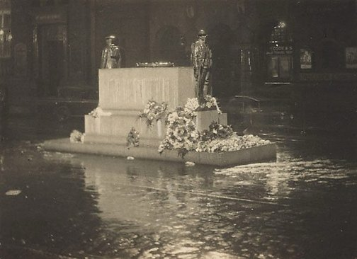 An image of The Cenotaph by Henri Mallard