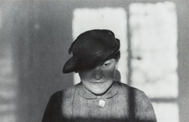 An image of Untitled (Stepanova in hat)