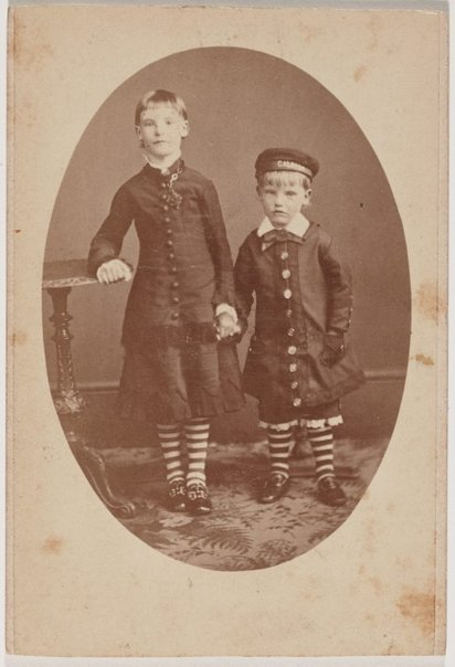 An image of Untitled by Unknown photographer, W H Schroder & Vosper