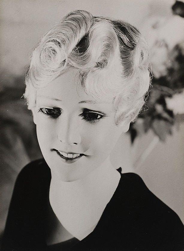 Wachspuppenkopf (wax dollhead), (1928) by Werner Rohde