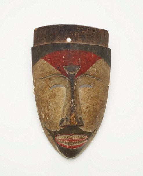 An image of Ceremonial dance mask (hudoq) by
