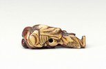 Alternate image of Netsuke in the form of Hotei and child by