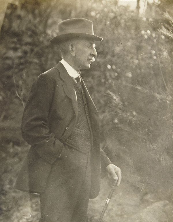An image of E.F. Broad of the Photographic Society of N.S.W.