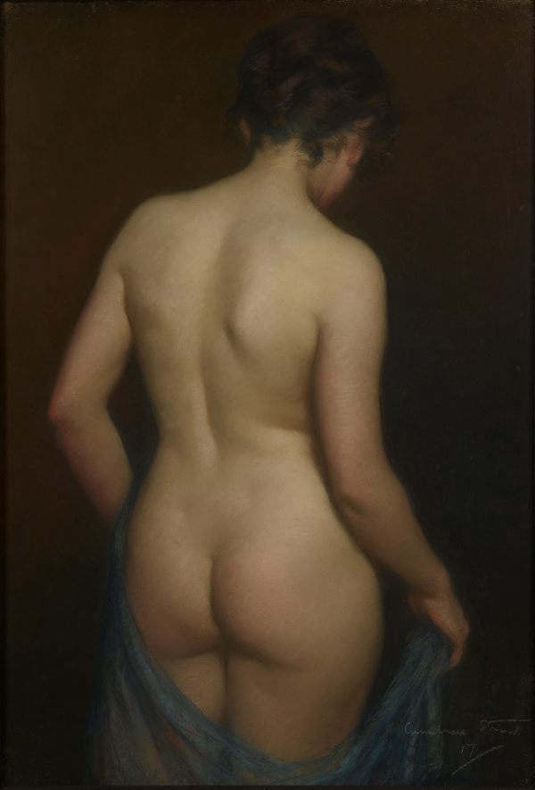 An image of The model disrobing