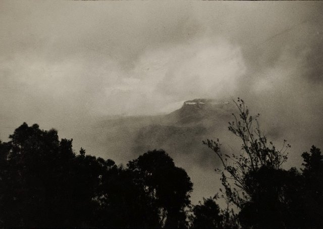 An image of Coming storm, Katoomba