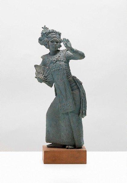 An image of Study of Balinese Legong dancer by Arthur Fleischmann