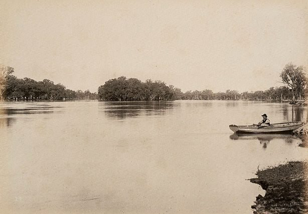An image of Junction of Darling and Murray Rivers, from Victorian side