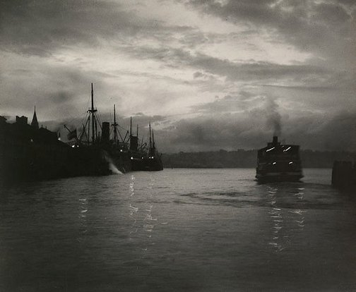 An image of Evening falls, Circular Quay by Harold Cazneaux