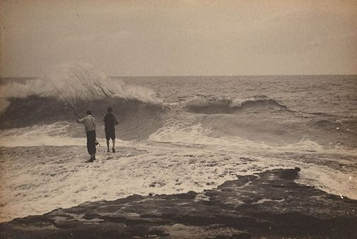 An image of Fishing off the rocks, Waverley by Harold Cazneaux