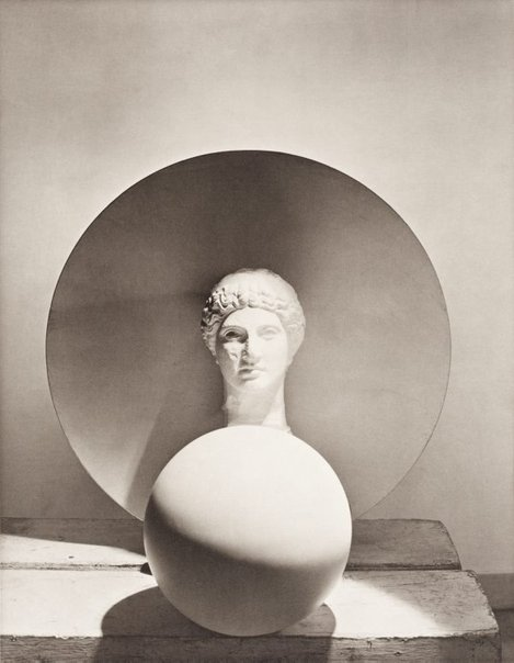 An image of Head, disc, float by Horst P. Horst