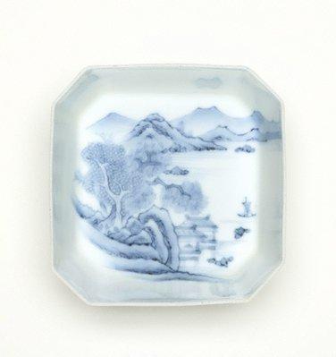 Alternate image of Set of 2 square 'mukozuke' with décor of landscape by Arita ware/ Nabeshima style